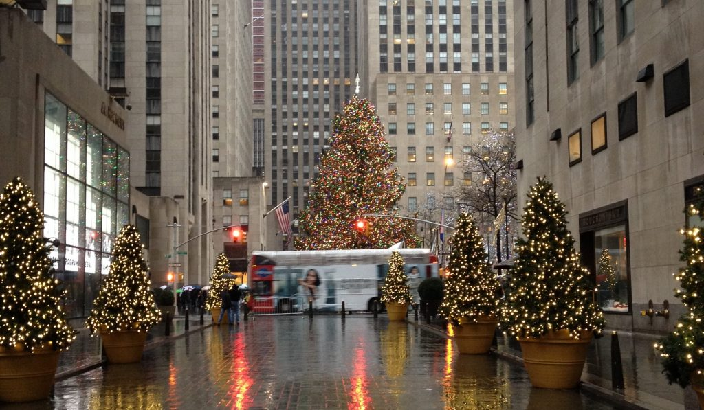christmas in new york city wanderlust on a budget